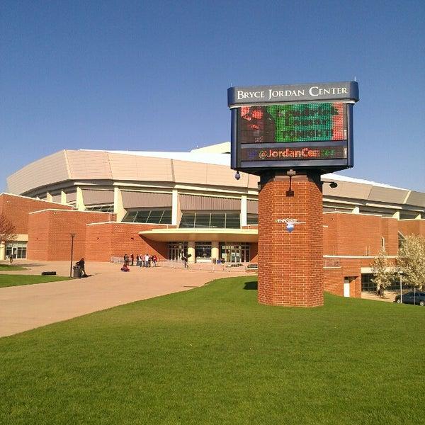 Photo taken at Bryce Jordan Center by Nineties G. on 4/22/2013