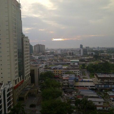 Photo taken at Pullman Kuching by fooEvie on 9/19/2012