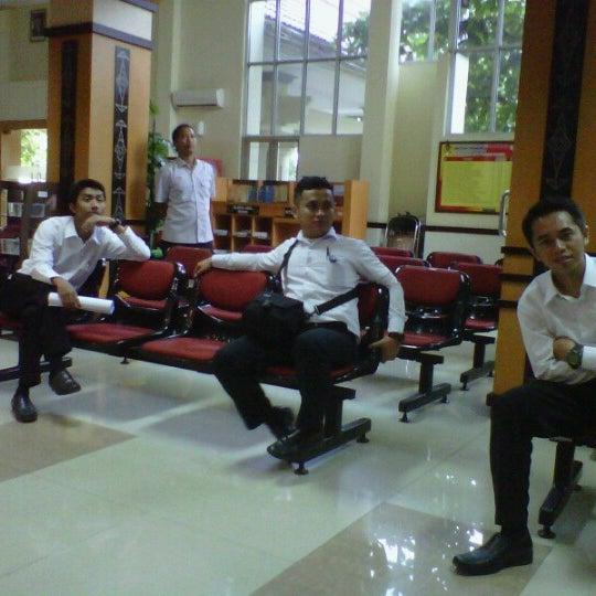 Photo taken at Kantor Pelayanan Pajak Pratama Mataram Barat by Galih A. on 1/2/2013