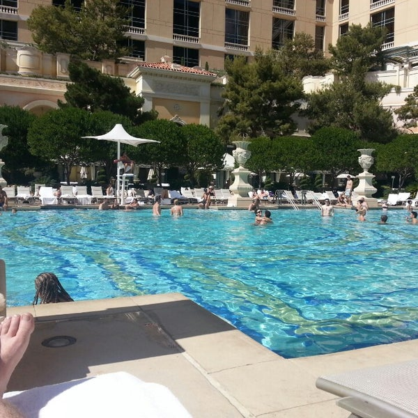 Bellagio Pool Cafe And Deck The Strip 11 Tips From 896 Visitors