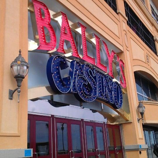 Photo taken at Bally's Casino & Hotel by Aubrey . on 3/2/2013