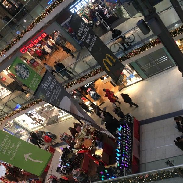 Das Foto wurde bei Promenaden Hauptbahnhof Leipzig von Andreas H. am 11/25/2016 aufgenommen
