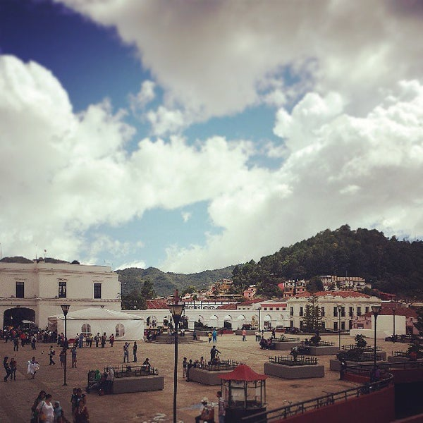 Where's Good? Holiday and vacation recommendations for San Cristobal De Las Casas, Mexiko. What's good to see, when's good to go and how's best to get there.