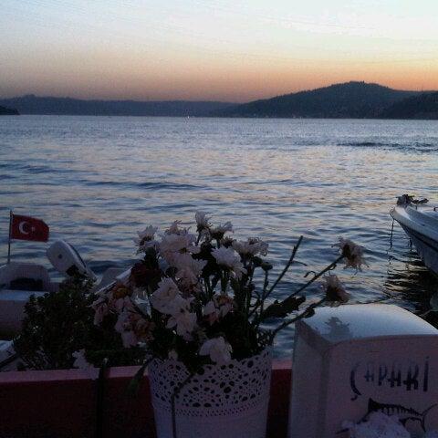 9/25/2012 tarihinde Gizem A.ziyaretçi tarafından Çapari Restaurant'de çekilen fotoğraf