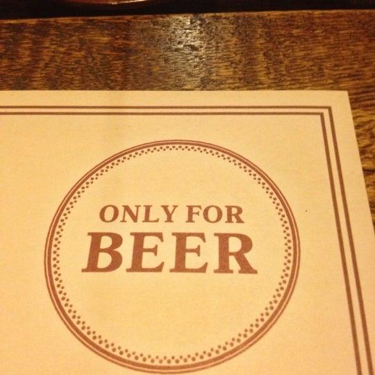 Снимок сделан в Beer Point пользователем Vladimir K. 10/26/2012