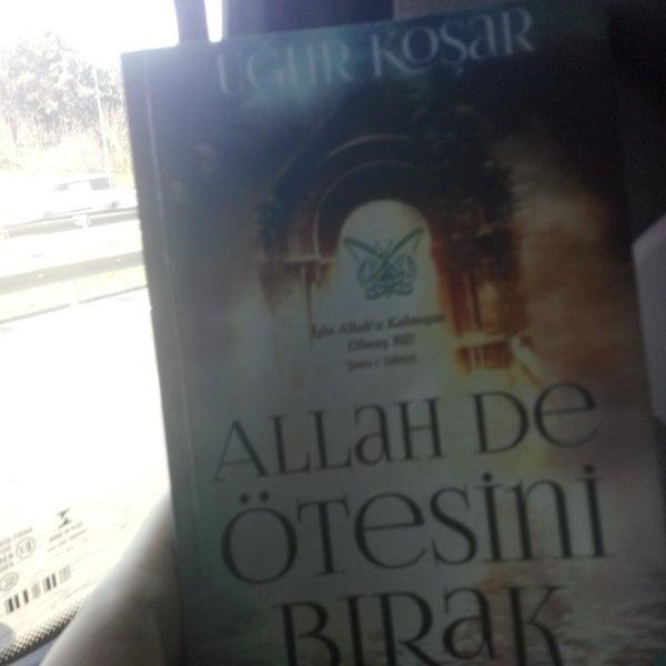 Photo taken at istanbul-gebze yolu by Dicle Ç. on 3/12/2016
