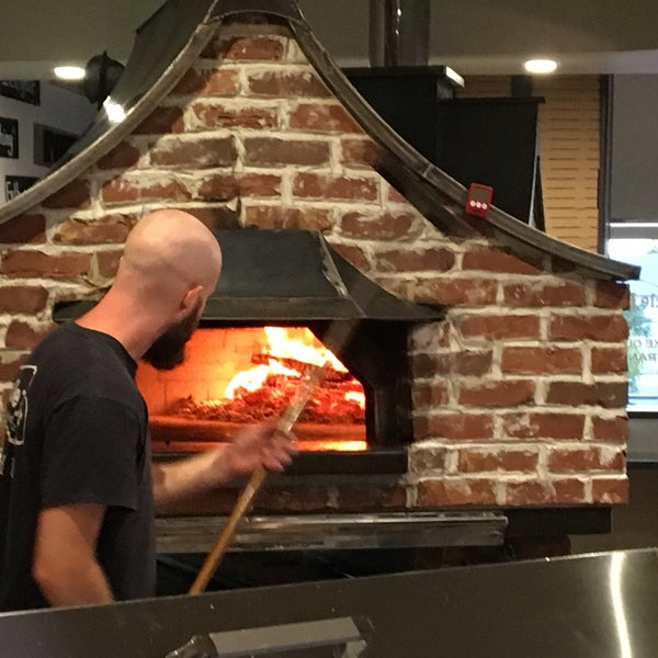Uncle D's Wood Fired Pizza - 6 tips