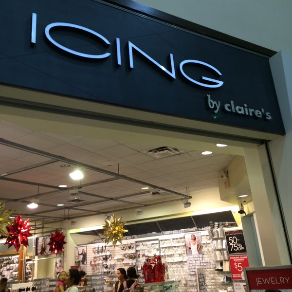 """Claire's Stores, Inc. Retains Lazard to Evaluate Capital Structure Solution January 22, Claire's Stores, Inc. (the """"Company"""") today announced that it has retained Lazard as its investment banker to."""