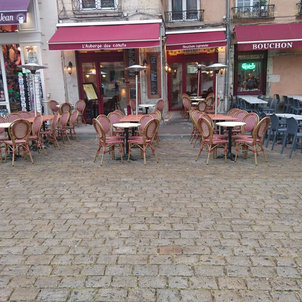 Photos at L\'Auberge des canuts - French Restaurant in Vieux Lyon ...