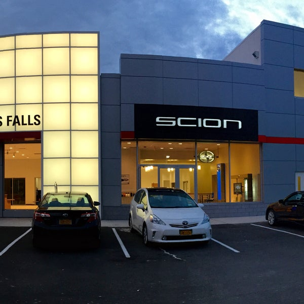 Photo taken at DCH Wappingers Falls Toyota by DCH Wappingers Falls Toyota on 7/30/2015