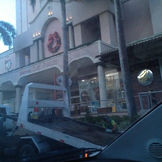 Foto tirada no(a) Shopping Del Paseo por Leonardo L. em 12/13/2012