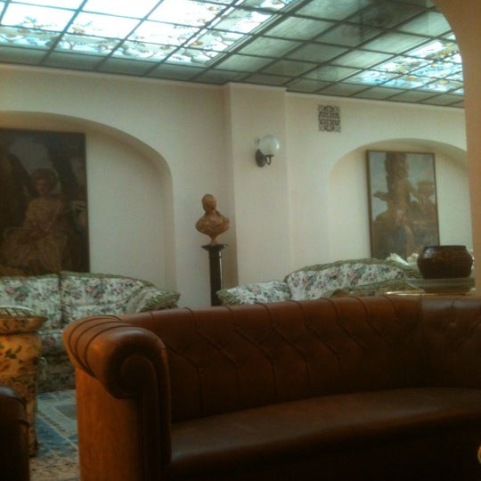 Photo taken at Villa Olmi Firenze by Robi V. on 10/22/2012