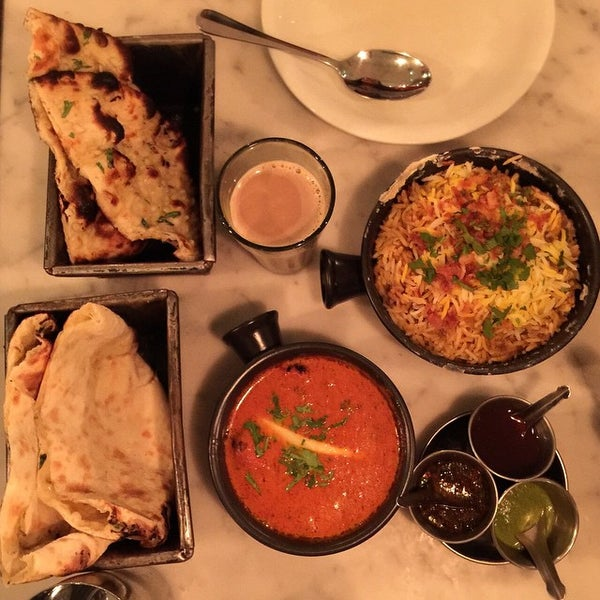 Photo taken at Dishoom by Livia A. on 3/21/2015