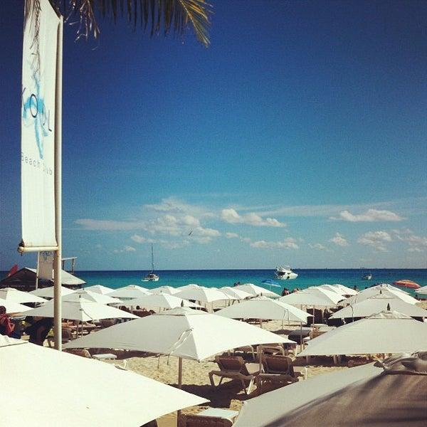 Foto tomada en Kool Beach Club por Jean M. el 12/16/2012