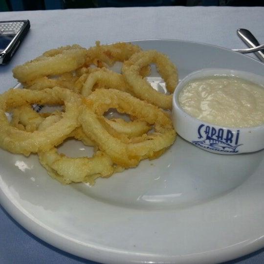 9/22/2012 tarihinde ERCAN D.ziyaretçi tarafından Çapari Restaurant'de çekilen fotoğraf