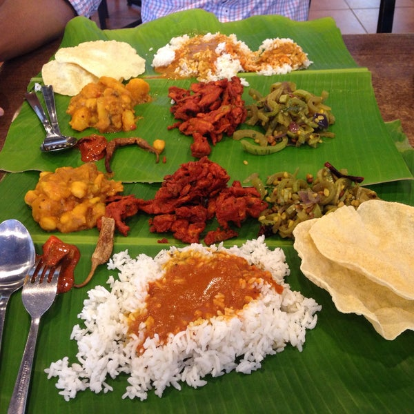 Photo taken at Chennai Curry House by Aynn R. on 10/28/2015