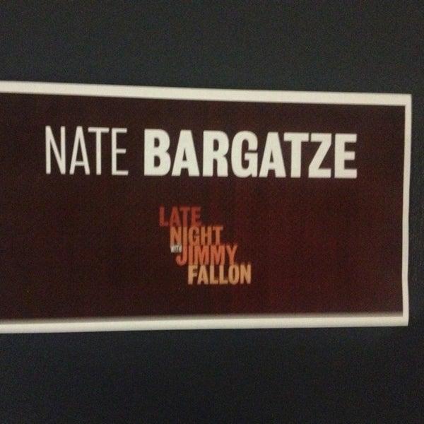 Foto tirada no(a) Late Night with Jimmy Fallon por Abbey R. em 6/13/2013