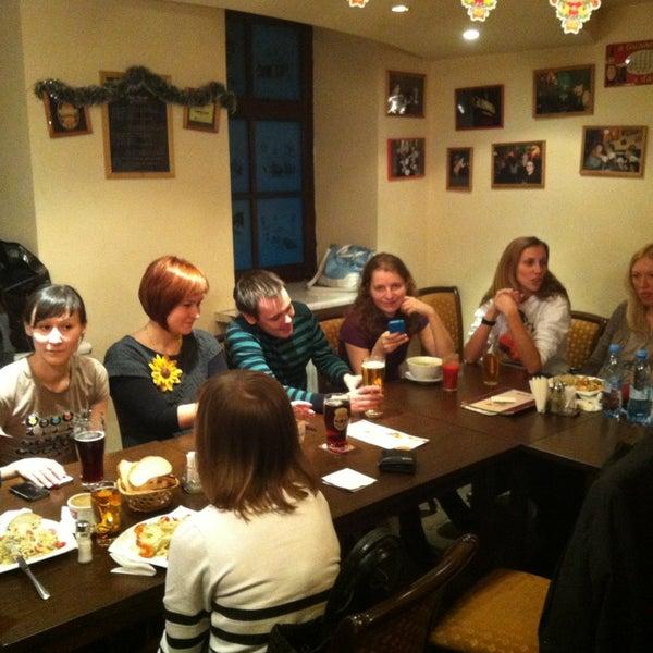 Снимок сделан в Molly Malone's Pub пользователем Nikita G. 12/27/2012