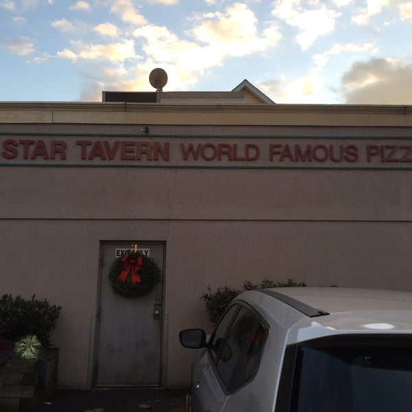 Photo taken at Star Tavern Pizzeria by My Town G. on 1/3/2016