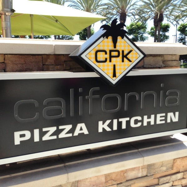 California Pizza Kitchen Virginia Beach: Pizza Place In The Anaheim Resort