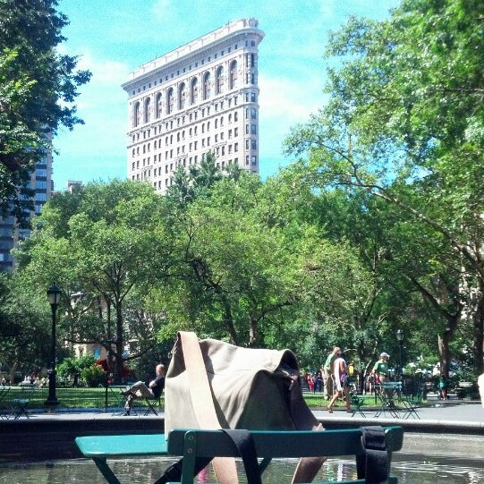 Foto diambil di Madison Square Park oleh jose b. pada 8/5/2013