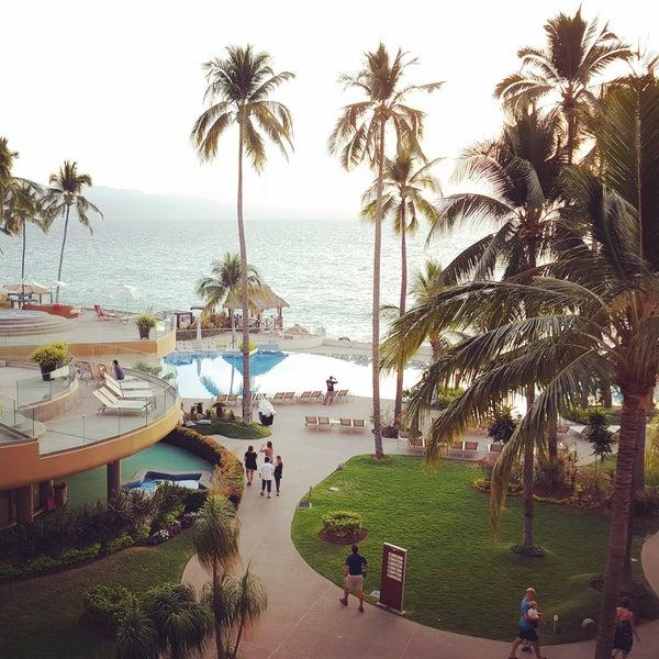 Foto tomada en Sunset Plaza Beach Resort & Spa por Rane M. el 2/7/2016