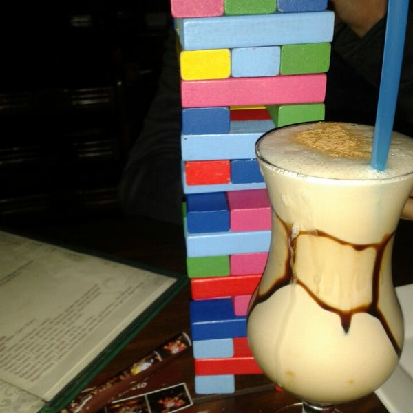 El jard n secreto lounge bar bar en miraflores for Piscina jardin secreto