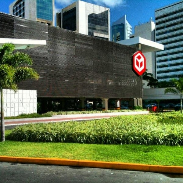 Photo taken at Shopping Recife by Jonathan T. on 9/21/2013