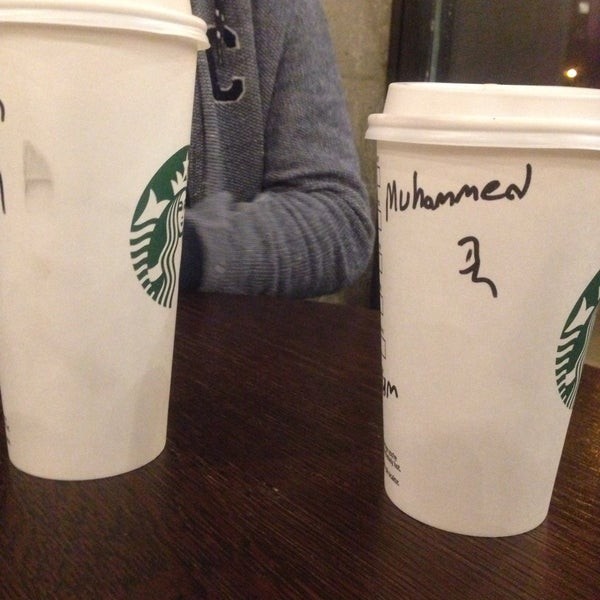 Снимок сделан в Starbucks пользователем Muhammed Salih B. 9/19/2018