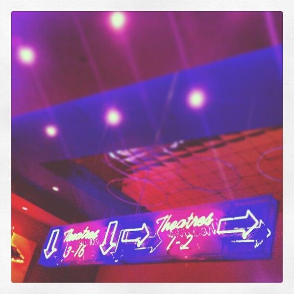 Photo taken at Regal Cinemas Green Hills 16 by Wizzard on 5/18/2013