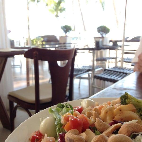 Foto tirada no(a) Anamá Restaurante por Lina S. em 4/21/2015