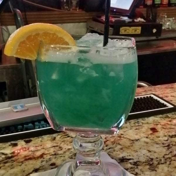 Photo taken at Mamacitas Mexican Restaurant by DLaurie G. on 9/10/2016