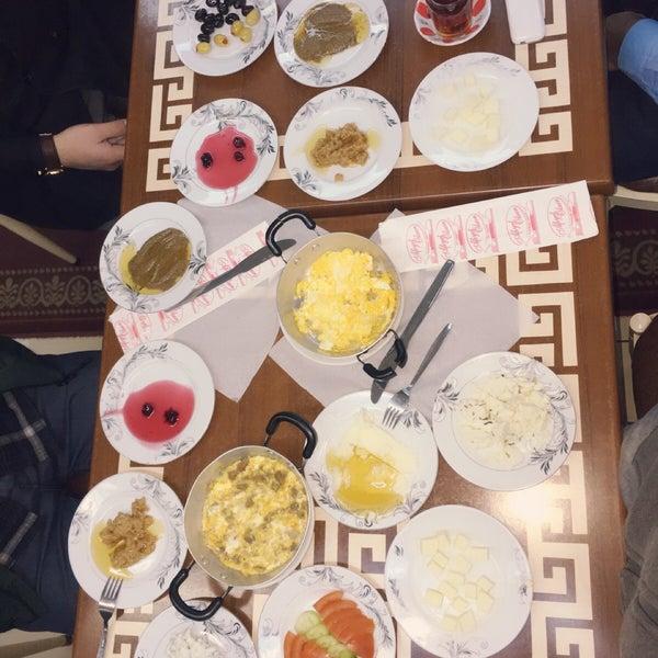 2/9/2017 tarihinde Songül T.ziyaretçi tarafından Yeni İmsak Kahvaltı Salonu'de çekilen fotoğraf