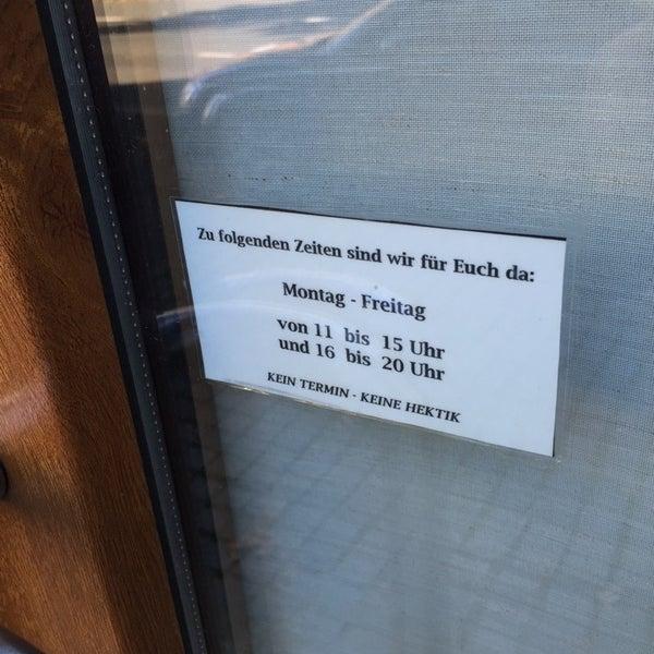 Das Foto wurde bei Herrenzimmer - Barbier Sven Reisner von Jens M. am 10/4/2014 aufgenommen