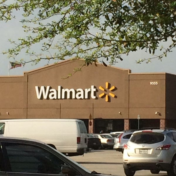Photo taken at Walmart by Rabia'h A. on 3/28/2014