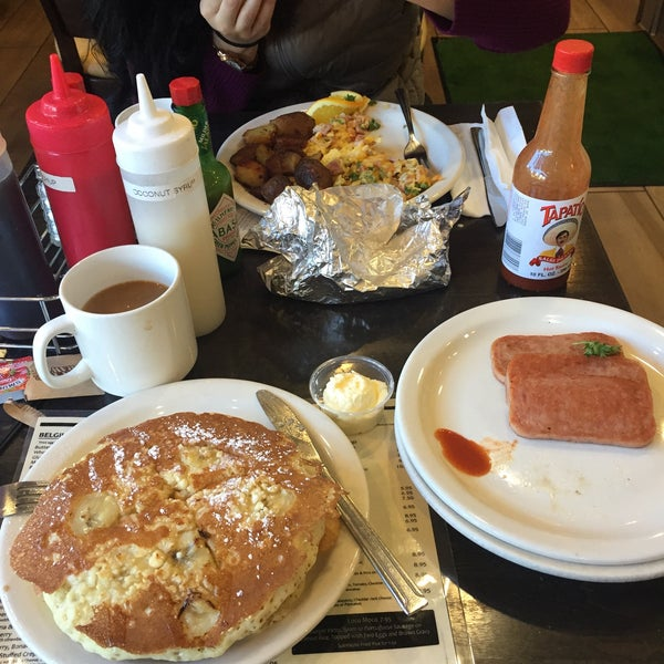 Photo taken at Stacks Pancake House by Tara R. on 1/12/2016