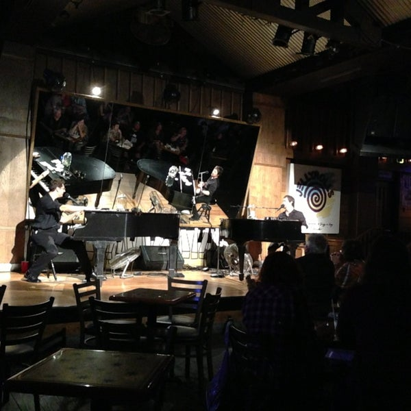 Photo taken at Jellyrolls by Stephen H. on 1/16/2013