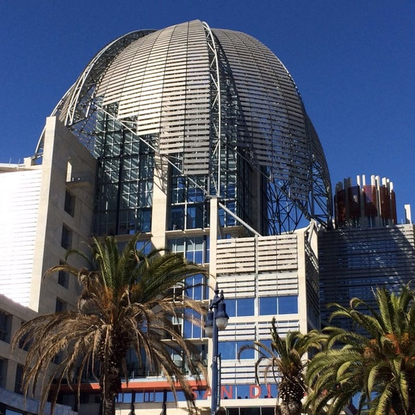 San Diego Public Library - Central - East Village - 330 ...