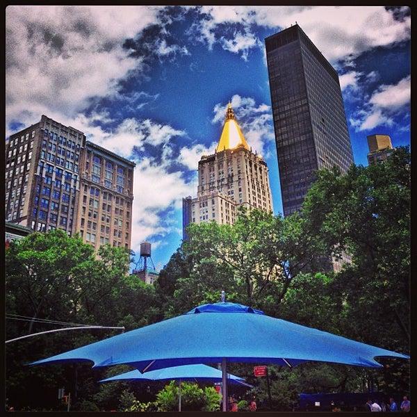 Foto diambil di Madison Square Park oleh Jeremy J. pada 6/12/2013