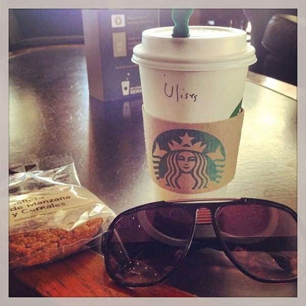 Photo taken at Starbucks by Ulises on 1/22/2013