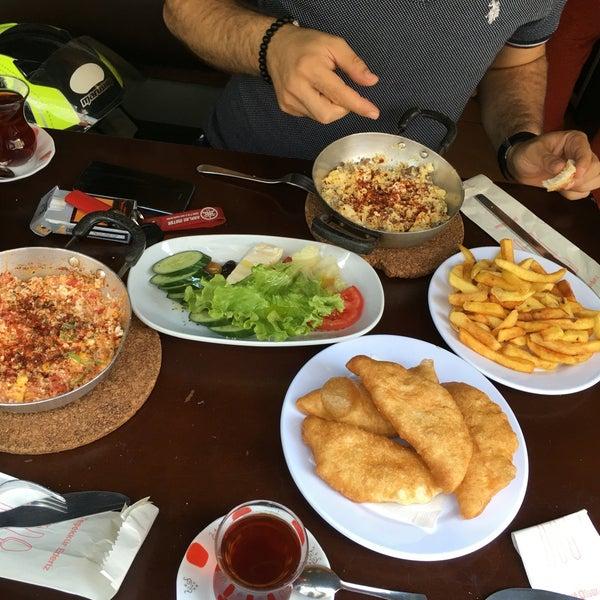 9/10/2016 tarihinde 🔱İsmail🔱 T.ziyaretçi tarafından Fiskos Kahvaltı Cafe'de çekilen fotoğraf