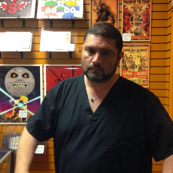 Photo taken at Game Over Videogames by Fernando R. on 10/23/2015