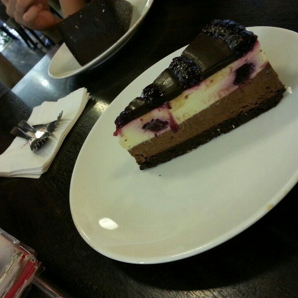 Photo taken at Secret Recipe by Fifie R. on 10/14/2015