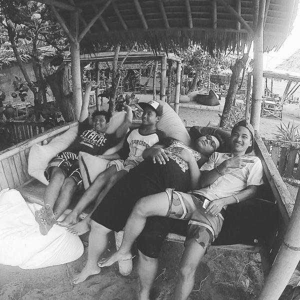 Photo taken at Pantai Barat Pangandaran by Benny M. on 11/20/2016