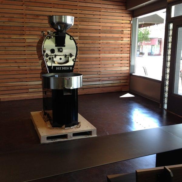 Chocolate fish coffee coffee shop in sacramento for Fishing store sacramento