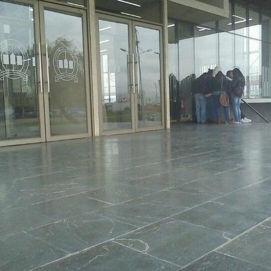 Foto tomada en Universidad Andrés Bello por Marcela R. el 10/12/2012