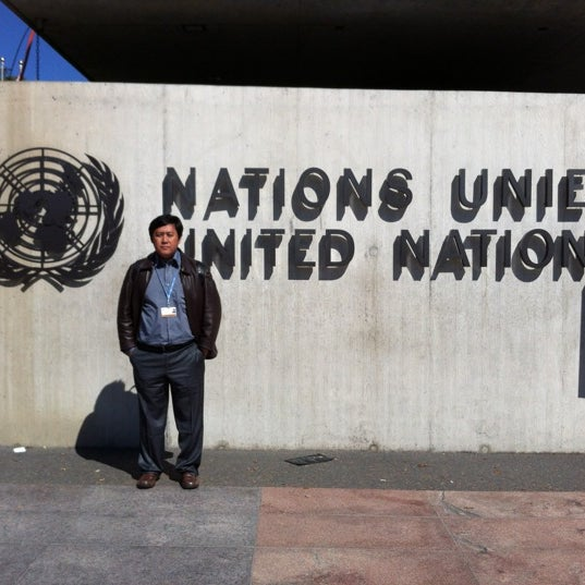 Photo taken at Palais des Nations by Ibenk D. on 9/14/2012