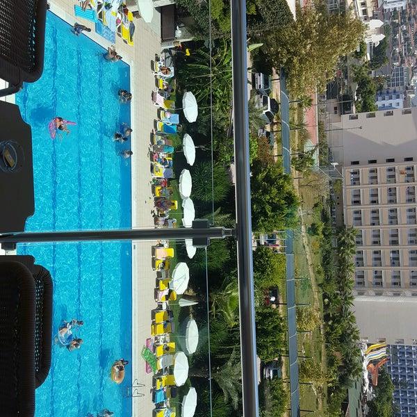 8/27/2016 tarihinde Tayfun ⛾.ziyaretçi tarafından Primasol Telatiye Resort'de çekilen fotoğraf