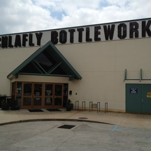 Photo taken at Schlafly Bottleworks by Chris R. on 5/18/2013