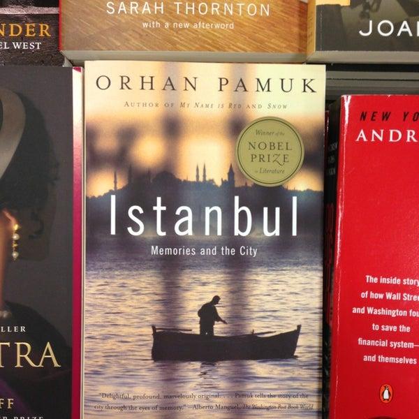 Photo taken at Barnes & Noble by Sezin S. on 12/21/2012